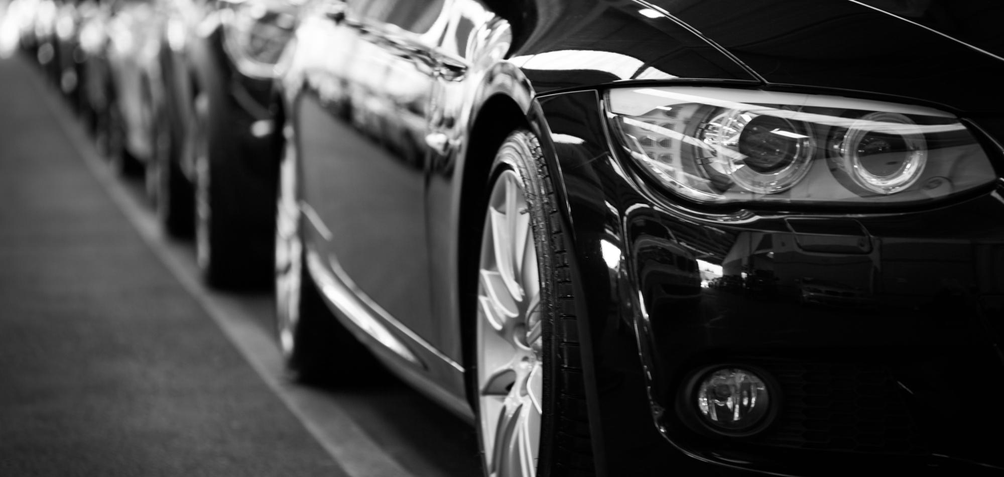 automobiles-automotives-black-and-white-black-and-white-70912